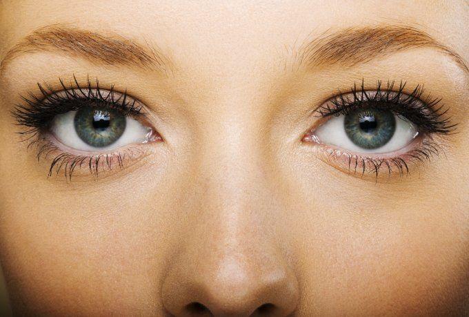 Perfekter Augenblick: Für lange, dichte Wimpern brauchen Sie keine Fake-Lashes: mit der richtigen Mascara sorgen Sie für einen Wow-Auftritt