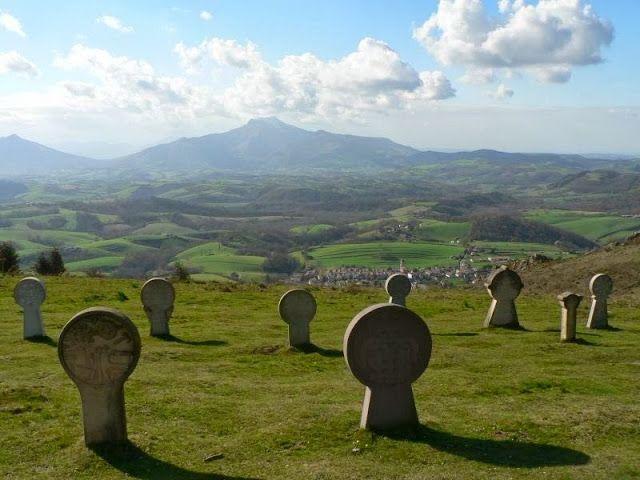 Ainhoa - Pays Basque