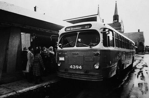 Montreal's old 26x Beaubien PIE IX bus