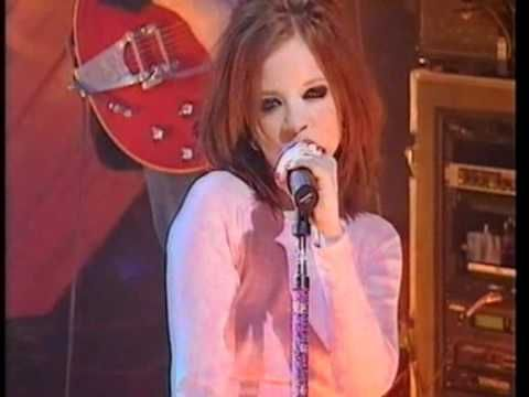 ▶ Garbage - 'Stupid Girl' live on TFI Friday - YouTube
