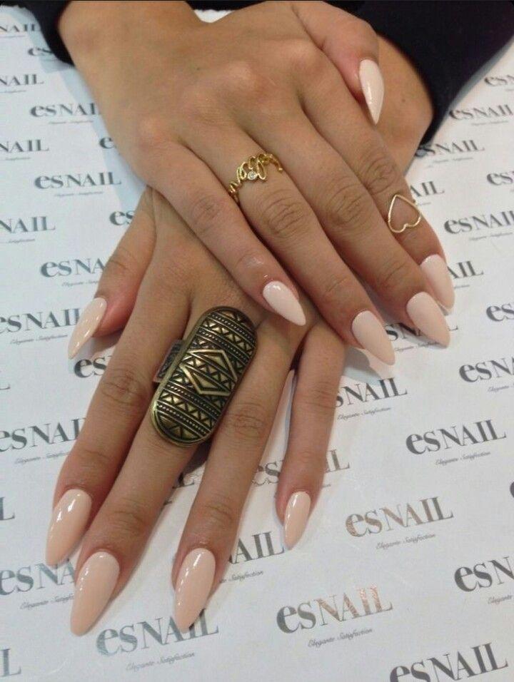 Es Nail   Nude Almond Acrylic Nails