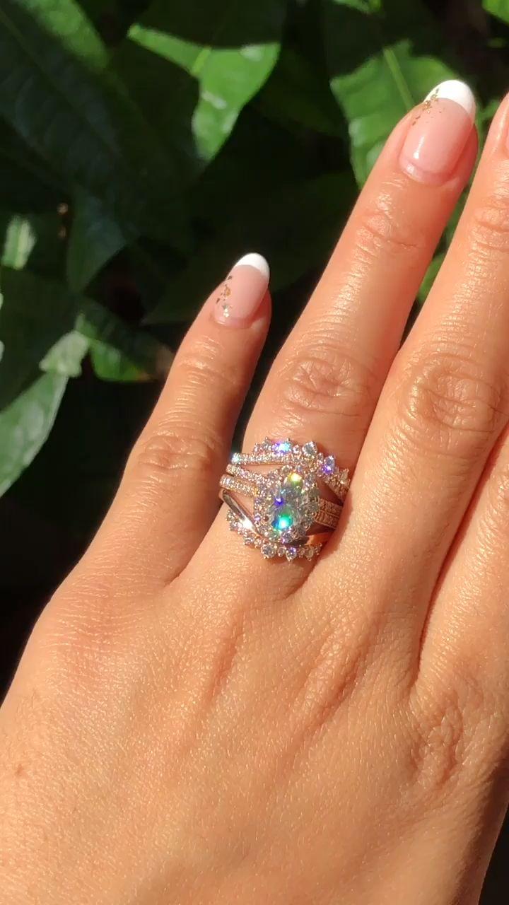 Unique Halo Diamond Moissanite Rings Stack by La More Design – .jeweleries.