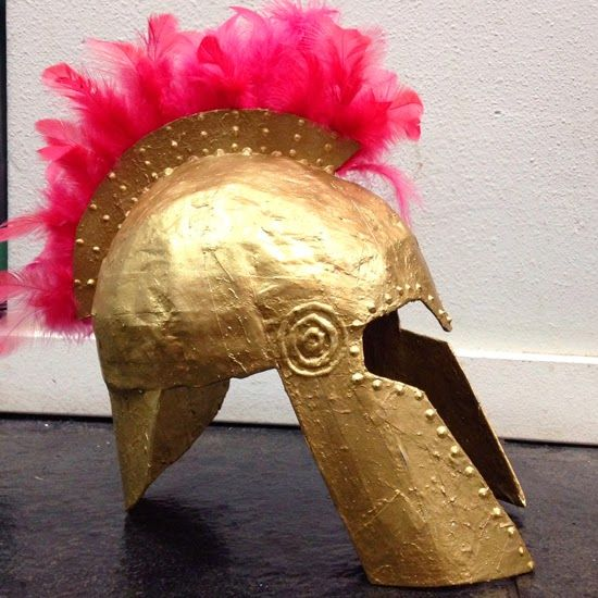 Lena Sekine: Athena's helmet