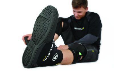 Endura MT500 Plus: Überschuh für Flatpedal-Schuhe