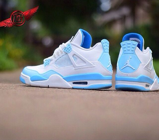 085296ae640164 Carolina Blue 4s