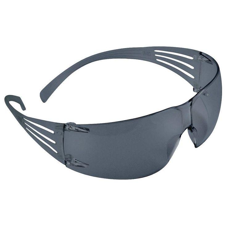 3M SecureFit™ Kacamata Safety SF202AF Grey Lens - 20 each/case - Pelindung Mata.  - Lapisan anti-kabut membantu menjaga lensa bebas kelembaban dalam kondisi panas dan lembab. - Aman, nyaman pas terus kacamata di tempat tanpa selip bahkan ketika orang tersebut bergerak.  http://tigaem.com/kaca-mata-eye-wear/2000-3m-securefit-kacamata-safety-sf202af-grey-lens-20-eachcase-pelindung-mata.html  #eyewear #kacamata #pelindungmata #3M