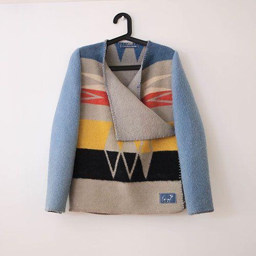 Wintervachtjas.nl Jassen gemaakt van oude wollen dekens. <3 it!