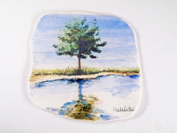 """陶板画 """"湖畔に映る樹木""""-下絵付けによる風景画"""