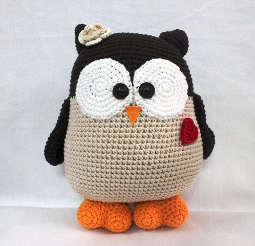 Supper Cute Owl with heart Crochet Owl