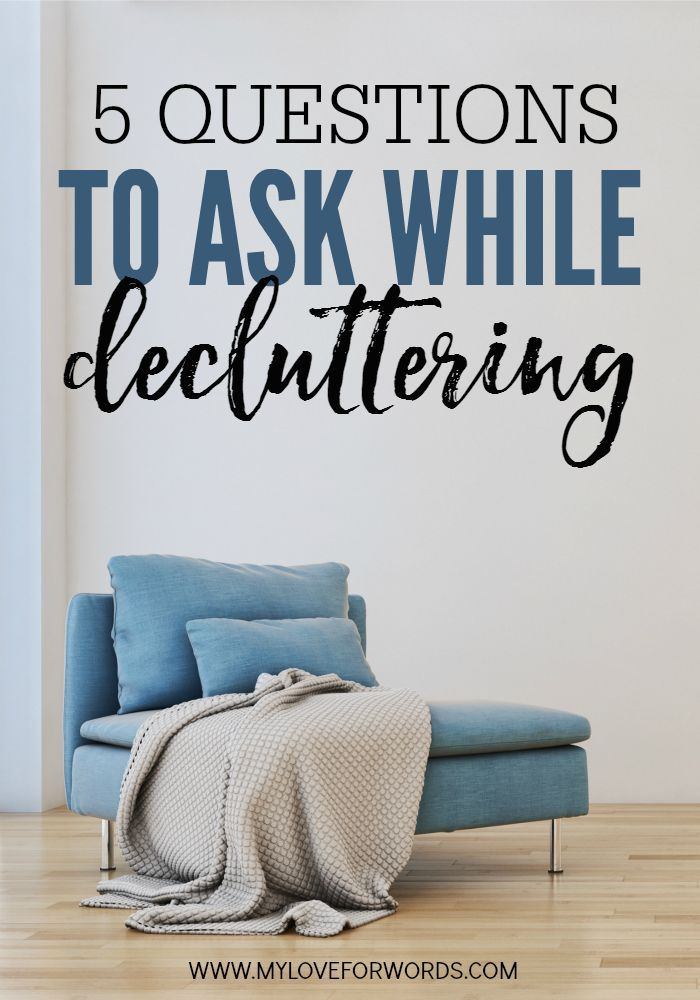Decluttering can be difficult, but sometimes just asking the right questions makes all the difference. These are the 5 Questions to ask while decluttering. #declutter #decluttering #organized #organize #organization #cleanhome #organizedhome #organizingideas #declutteringideas #declutterandorganize