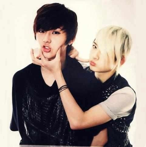 NU'EST MinHyun and Ren they're weird but I love them :)