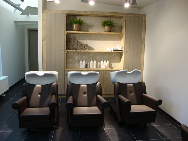 Interieur kapsalon natuurhuis antwerpen wandkast ideen for Interieur design antwerpen