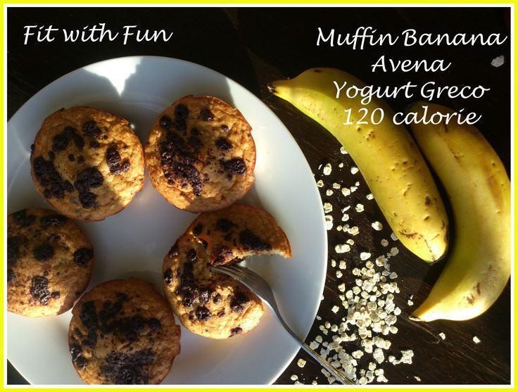 """Muffin Banana, Avena e Yogurt Greco da 120 calorie""""3 ingredienti di cui gli sportivi non fanno a meno."""" ☼ Muffin Banana, Avena e Yogurt Greco da 120 calorie ☼ http://fitwithfun.altervista.org/muffin-banana-avena-e-yogurt-greco-da-120-calorie/ Social Network: ↓ Fan Page FB: https://www.facebook.com/fitwithfunitaly/ Instagram: https://www.instagram.com/fitwithfunitaly/ Twitter: https://twitter.com/Fit_With_Fun #recipe #ricetta #healthy #fitwithfun #glutenfree #sugarfree #banana #greek #oat"""