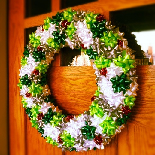 christmas bow wreathChristmas Wreaths, Holiday Wreaths, Bows Wreaths, Gift Bows, Ribbons Wreaths, Make A Bows, Christmas Bows, Homemade Christmas, Diy Christmas