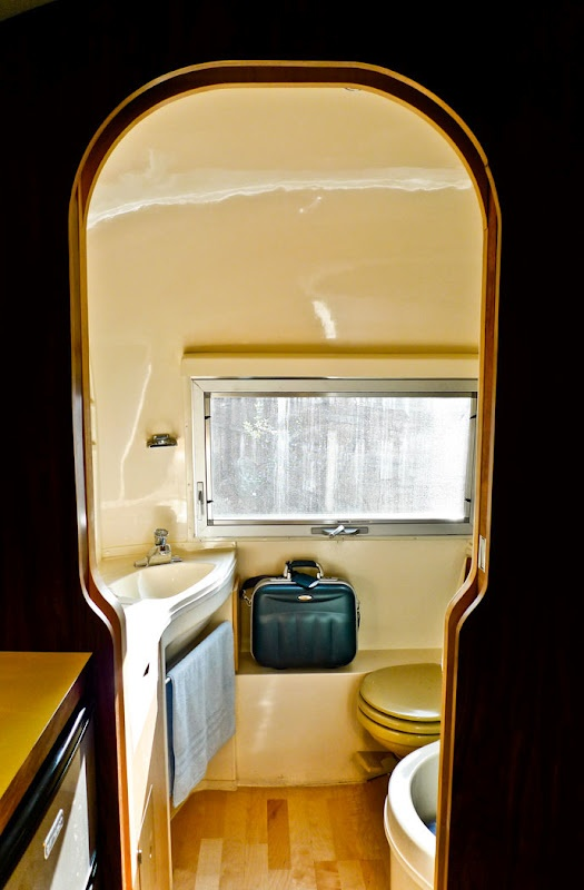 104 Best Airstream Bathrooms Images On Pinterest