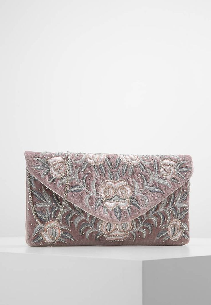 """New Look. EMMY                               - Clutch - lilac. Pattern:floral. Fastening:Magnet. length:10.0 """" (Size One Size). width:1.0 """" (Size One Size). Lining:Cotton. carrying handle:24.0 """" (Size One Size). Outer material:polyester. height:5.0 """" (Size One..."""