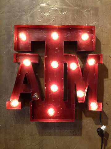 """Aggies"" light #eslis Need to go get this! LOVE!"