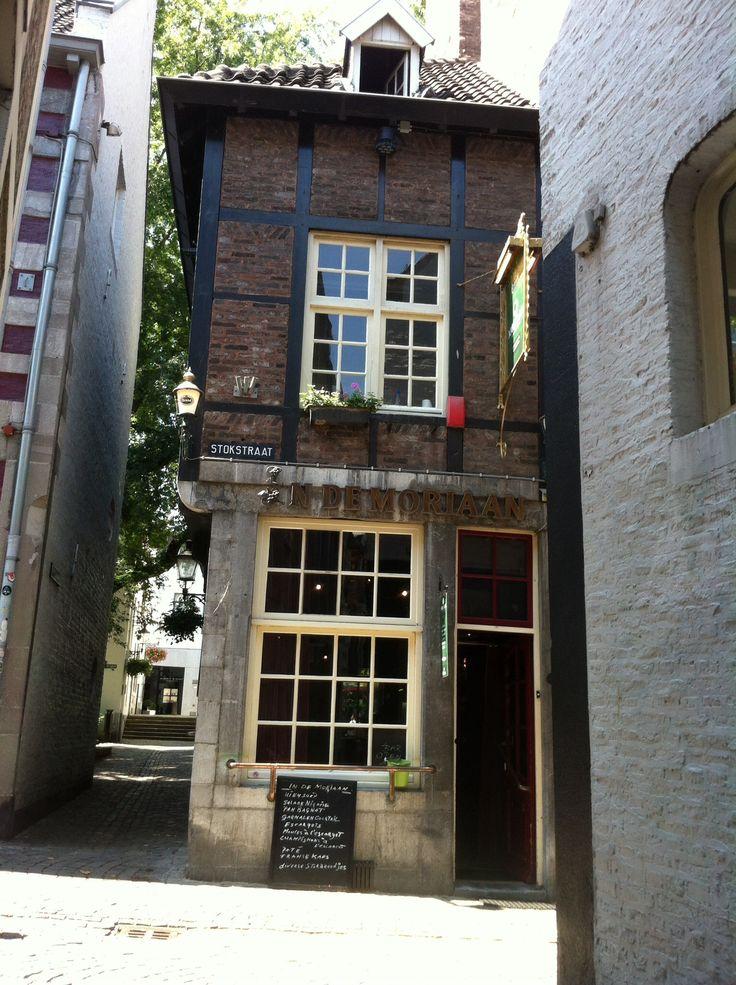 17 beste afbeeldingen over maastricht bars caf 39 s nightclubs op pinterest eten bier en sap - Terras beschut ...