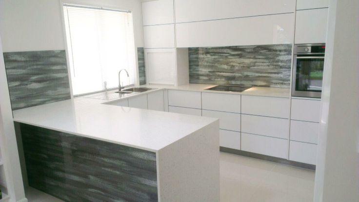 Glass kitchen counter tops - Voodoo Glass - http://www.voodooglass.com.au