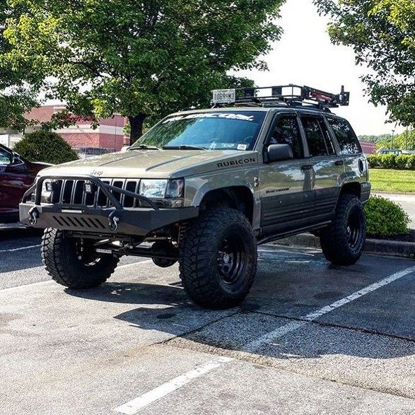 #clubmember @mikedizzle98_zj rocking some new mtr's #jeep #grandcherokee #zj Check out our sponsor over at @swampedoffroad  Join the club and Dm/tag us or #zjjeepclub by zj_jeepclub