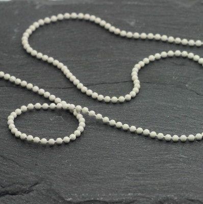 Ball chain white