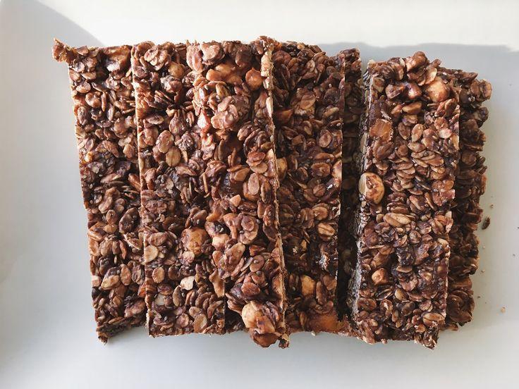 Bitter Çikolatalı Granola Bar Tarifi | Mutfak İnsanları