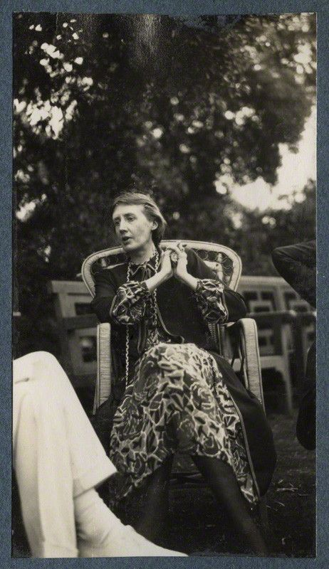 Virginia Woolf, June 1926. (c) National Portrait Gallery. #virginiawoolf