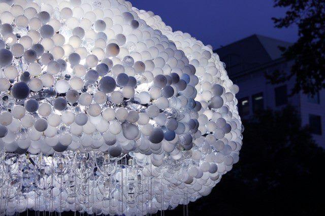 Cloud - l'imponente installazione luminosa interattiva di Caitlind | lartdevivre - arredamento online