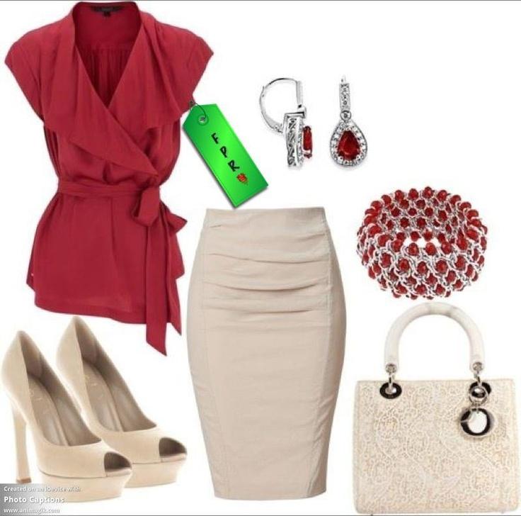 Blusa cruzada con cuello capa roja, falda, zapatos y bolso beis, accesorios rojos.