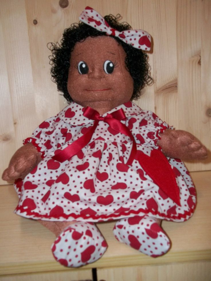 Cloth Doll African Pattern & Instruction PDF - The pattern teaches you step by step how to sew, soft sculpt and assemble your doll. from Rosselladolls on Etsy Studio
