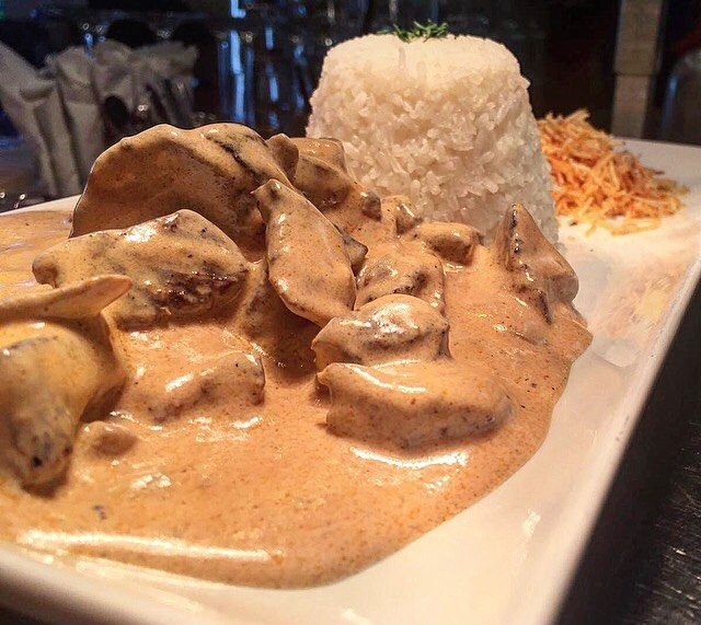 Brazilian Stroganoff 🙌🏼 Your choice of meat strips in our creamy homemade pink sauce. Made with tomatoes, onions, mushrooms and a hint of cachaça. Seved with white rice and shoestring potatoes. 😋 Order online www.sabordevida.com #sabordevida #brazilianfood #addingflavourtolife #encinitas #foodlovers #strogonoff #sandiego #california #sandiegoconnection #sdlocals #encinitaslocals - posted by Sabor de Vida Brazilian Grill https://www.instagram.com/_sabordevida. See more post on Encinitas at…