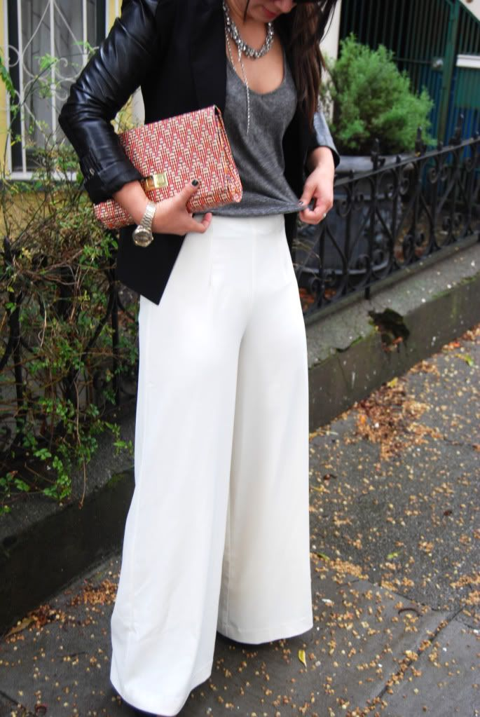 Classic Black & Gray w wide leg pants