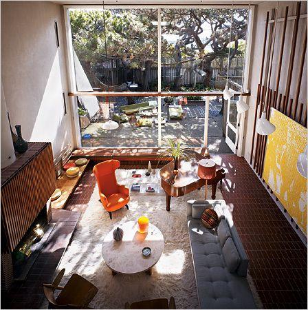 - Amazing midcentury beach house