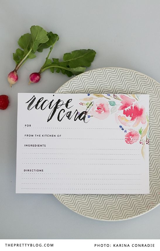 Free printable recipe cards with floral design | Graphic Design: Susan Brand Designs | Photography: Karina Conradie Photography |