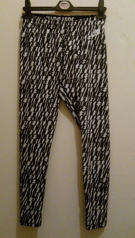 Nike Women's Leggings Black & White Size Medium (A)