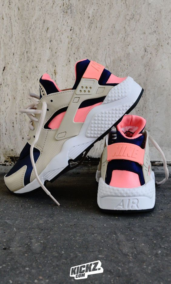 New Nike Air Huarache Colorways dropped in! Flashiest example is this Huarache Run version! Check other styles at KICKZ.com!