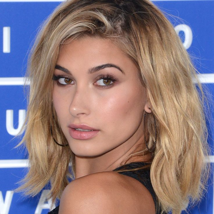 Hailey Baldwin Just Dyed Her Hair the Prettiest Rose Gold ...