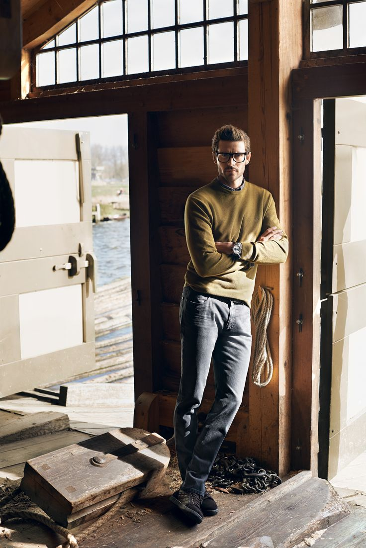 Campaign FALL/WINTER 2014/15 | Classic olive jumper and plain trousers #bugattifashion #jumper #outfit