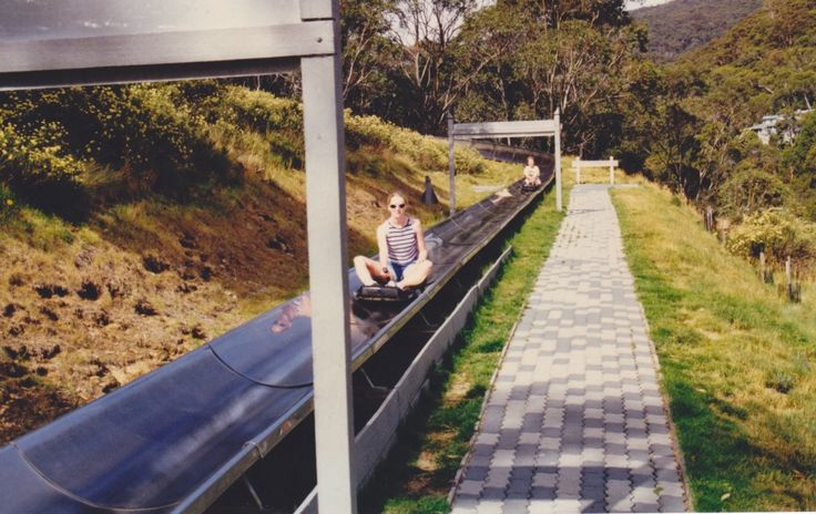 The Thredbo Bobsled is a summer activity guaranteed to bring a smile to your face. With a 700m luge style track, the bobsled twists and turns its way through the Thredbo wilderness. Brakes on your bobsled cart allow you to control your own speed and take your ride in to your own hands.