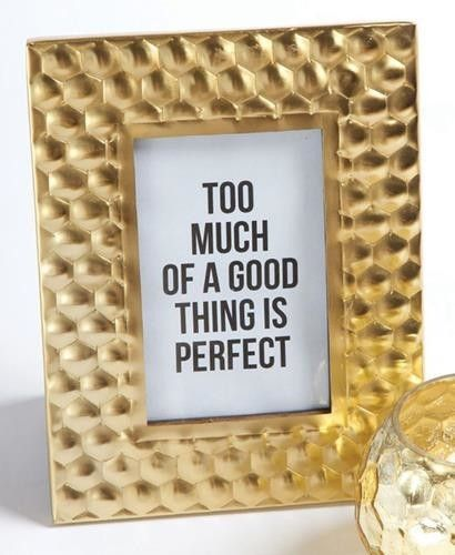Your new favorite Gold Honeycomb picture frame has arrived! Size: 9x7x0.75