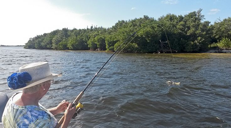 Bass Fishing Tips That Can Save You A Lot Of Frustration - http://bassfishingmaniacs.com/bass-fishing-tips-can-save-lot-frustration/