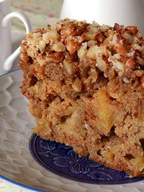 Bolo de maçã com crosta de amêndoas