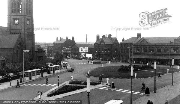 Widnes, Victoria Square c.1950, from Francis Frith