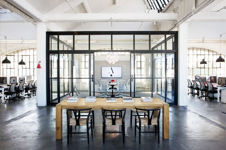 Take+a+Tour+of+the+Gorgeous+Set+of+The+Intern+via+@MyDomaine
