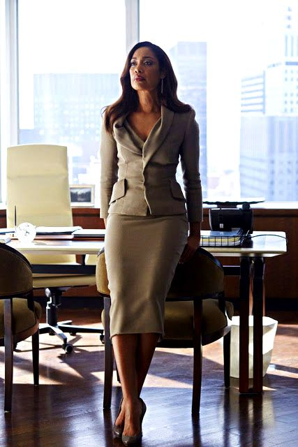 24 Style Trends for Attorneys Donna R. Paulsen - Sarah Rafferty and Gina Torres ...