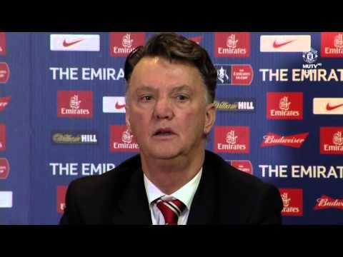 Stickler: Louis van Gaal unhappy with Anthony Martials very bad first 20 minutes v Derby (Video)