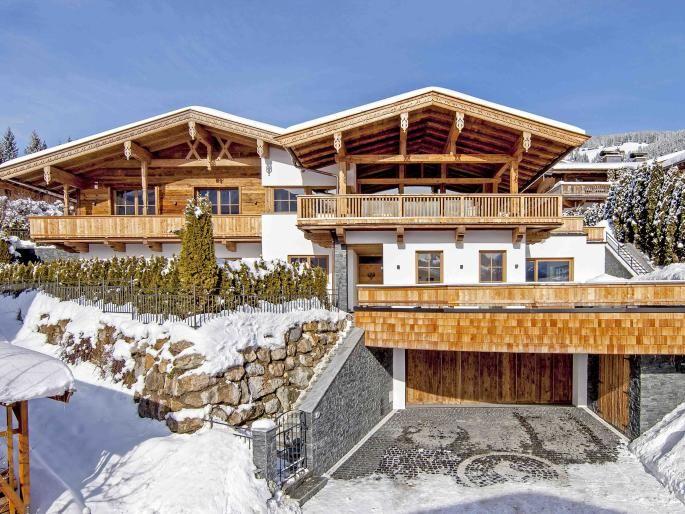 W-01ET83 Erstbezug: Tiroler Landhaus in Aussichtslage Engel & Völkers Property Details | W-01ET83 - ( Austria, Tyrol, Kitzbühel, Bezirk Kitzbühel )