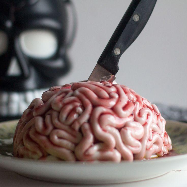Cómo preparar tarta cerebro para Halloween con Thermomix Ya no queda nada para la noche más terrorífica del año!!! la fiesta de Halloween y éste año estoy al 100% con ideas para ésta fiesta y eso que yo no soy nada fan de ella :S pero os aseguro que he disfrutado muchísimo preparando las recetas …
