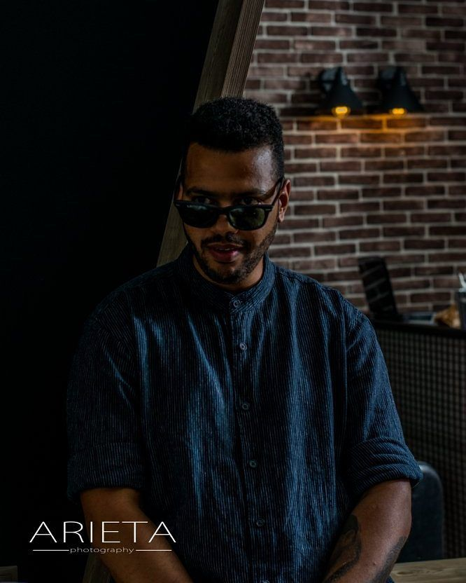 #photooftheday #photoart #picoftheday #focus #capture #moment #nikon #nikonphotografy #like4like  #likeforlike #instafollow #instagram #instalove #instadaily #barber #barbershop #oldschooltattoo #man #men #portait #photoshoting #portraitphotography #dopebarbershop