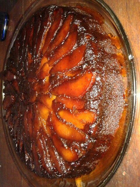 Upside down apple cake with black sugar